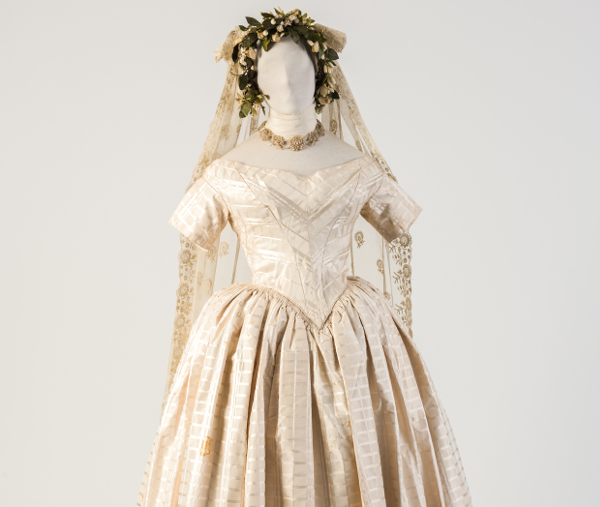 White Woven Silk Wedding Dress With Embroidered Net Lace Veil 1840s Fashion Museum Bath