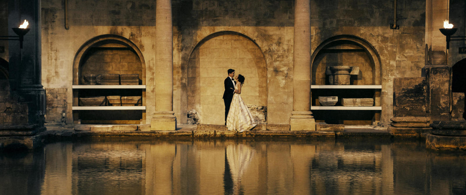 Image: Wedding couple at the Roman Baths