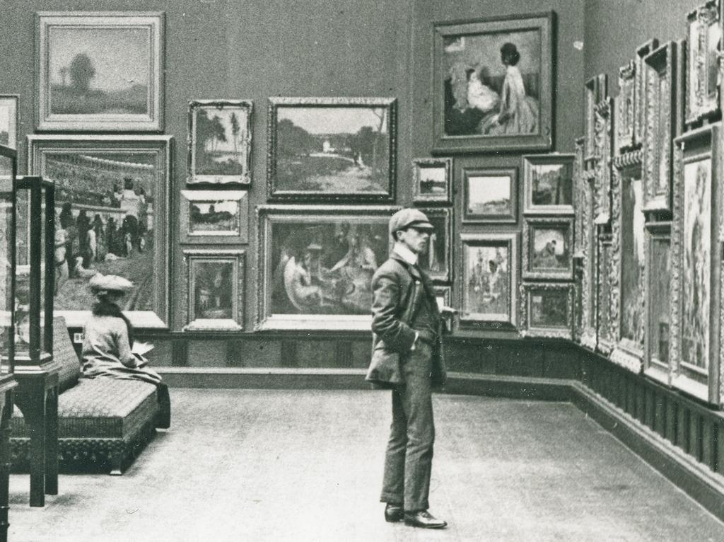 Image: historic photo of the Victoria Art Gallery