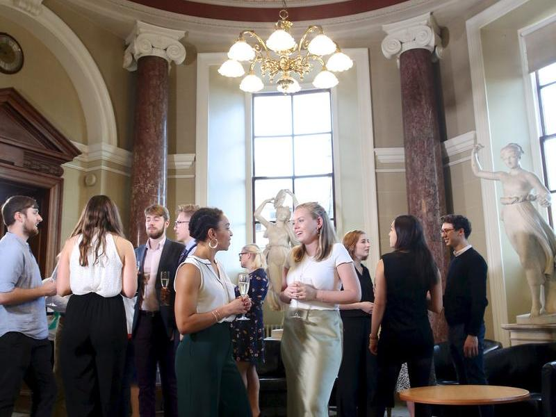 Image: Drinks in the rotunda