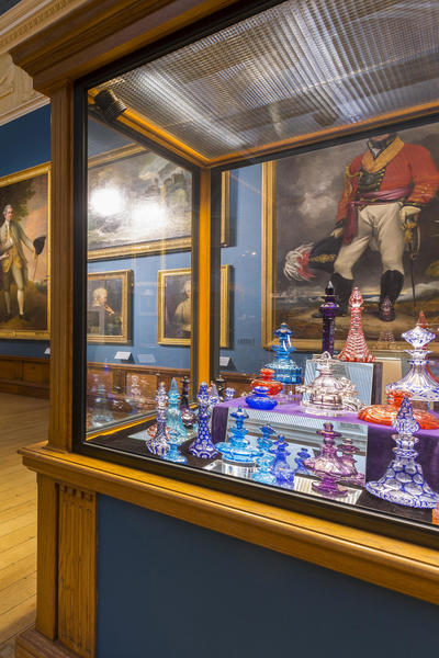 Image; Glassware in the Upper Gallery