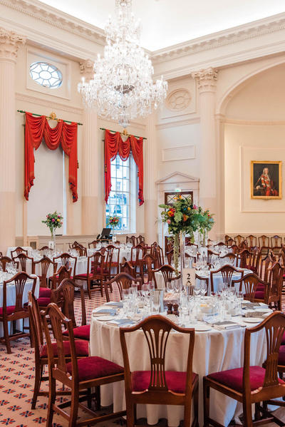 Image: Dinner in the Pump Room