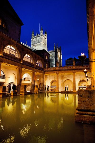 Image: Drinks beside the Great Bath, Nick Williams Photography