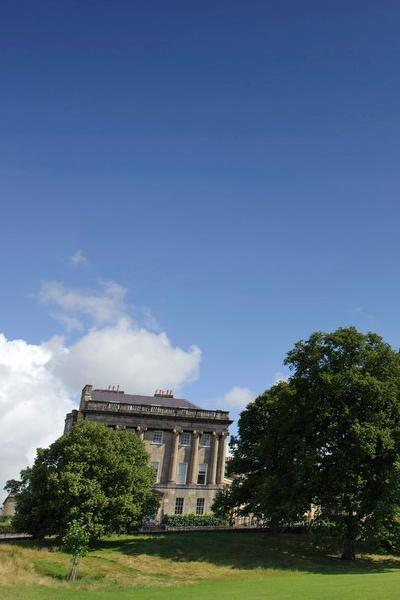 Image: The Royal Crescent and Victoria Park